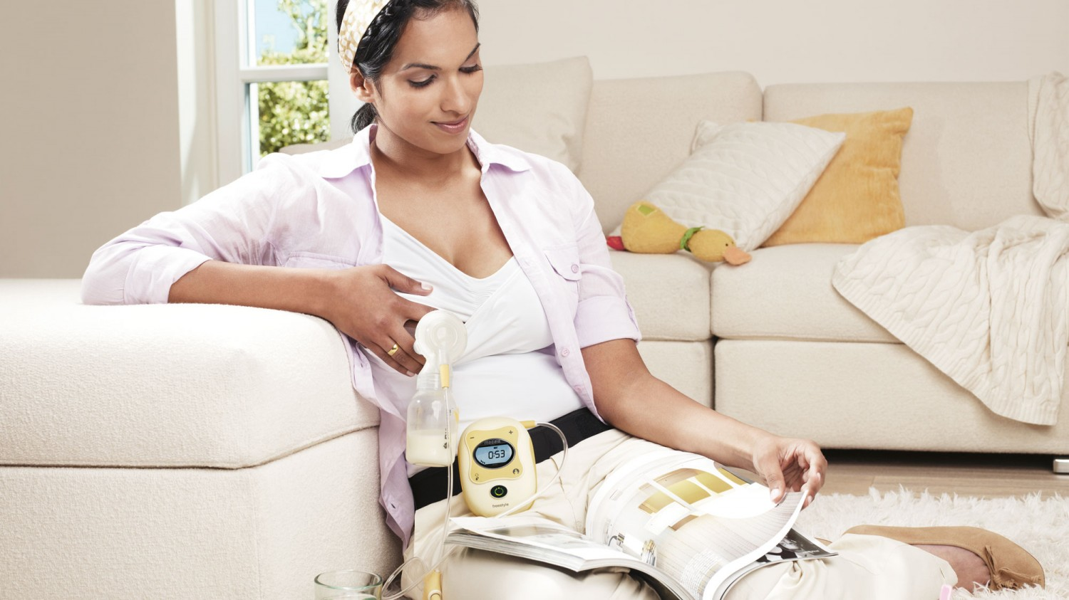 Medela Canada - How to Choose the Right Breastpump for Your Lifestyle